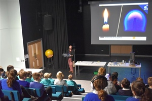 IOP Physics Roadshow to Year 5 Pupils